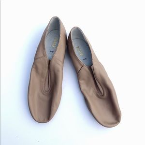 New BLOCH Dance Jazz Shoes Slippers Flats 8.5